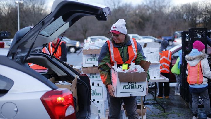 Mobile Food Pantry Volunteers logo image