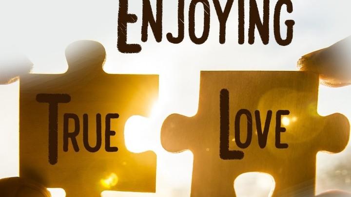 Couples Retreat 2019 logo image