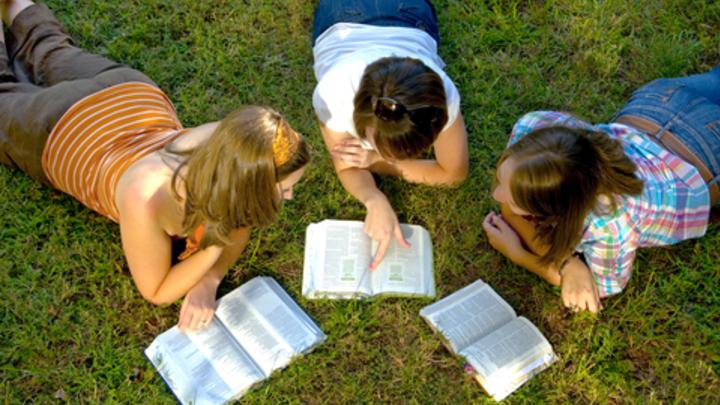 Principles of Effective Bible Study - Elizabethtown, PA logo image
