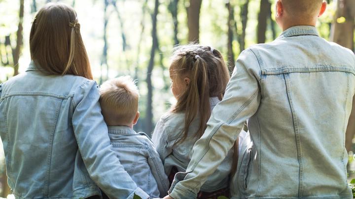 March 2020 Parent/Child Dedication Classes logo image