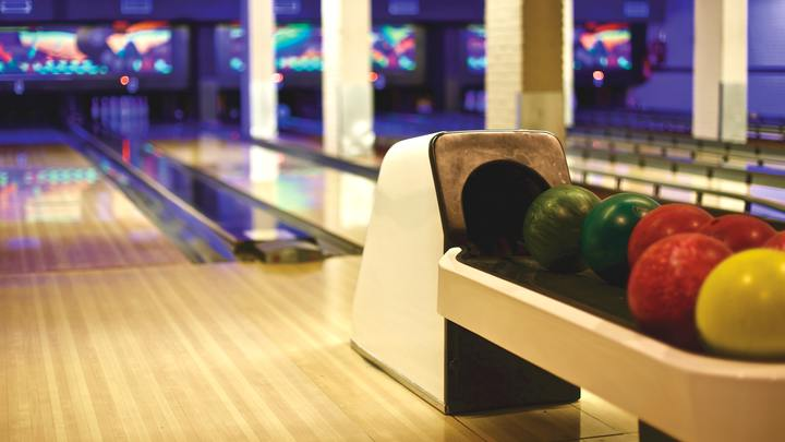 Bowling Night - DL Students logo image