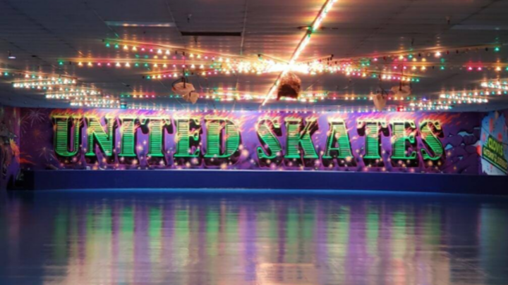 Skate Night (Wave, Island, Pier 56) logo image