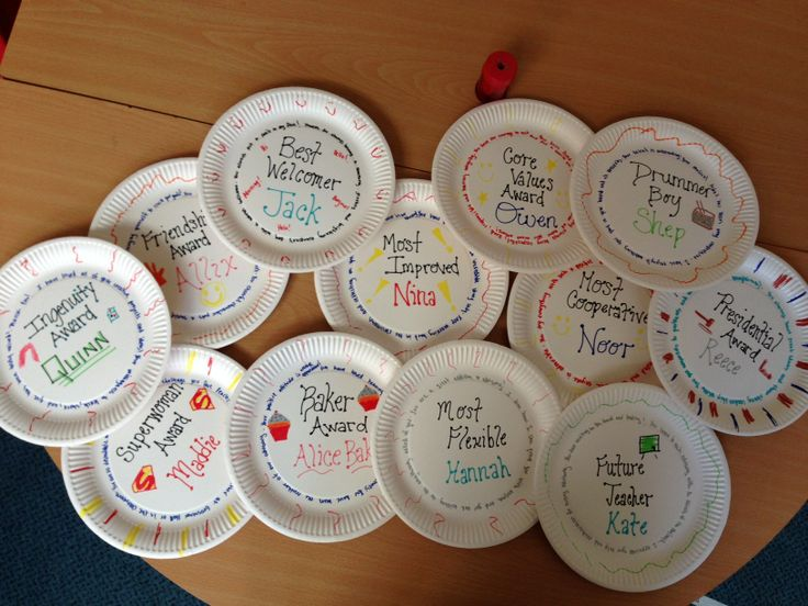 Paper plate awards photo