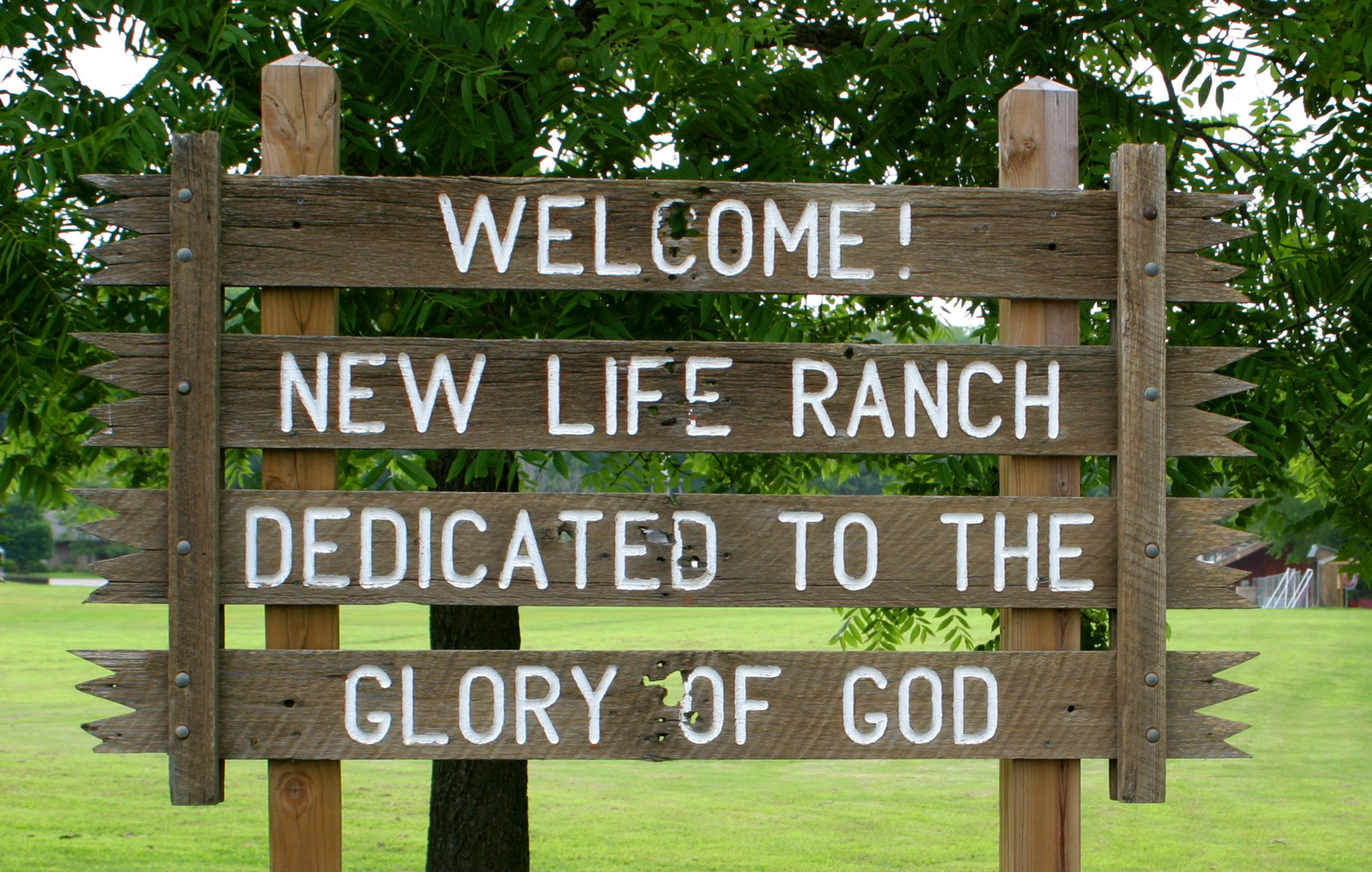 New life ranch sign