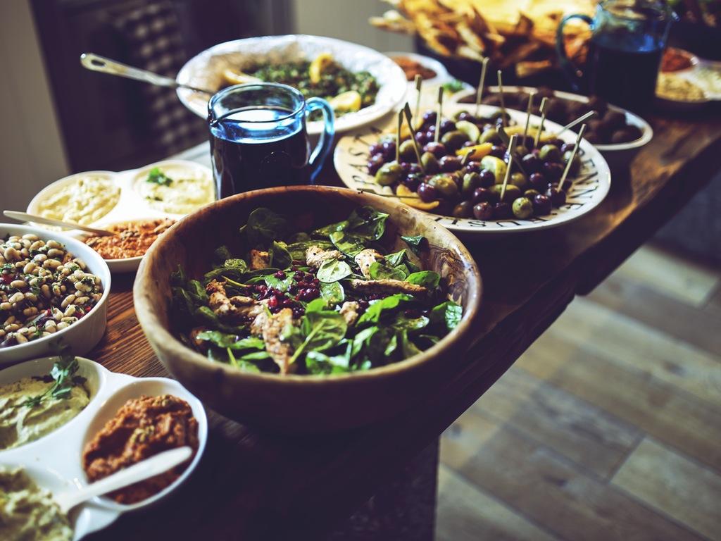Food salad healthy vegetables  2